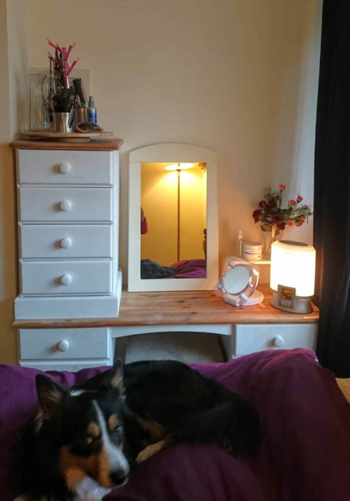 A Cheap Shabby Chic Vanity Table & Bedside Table Tour