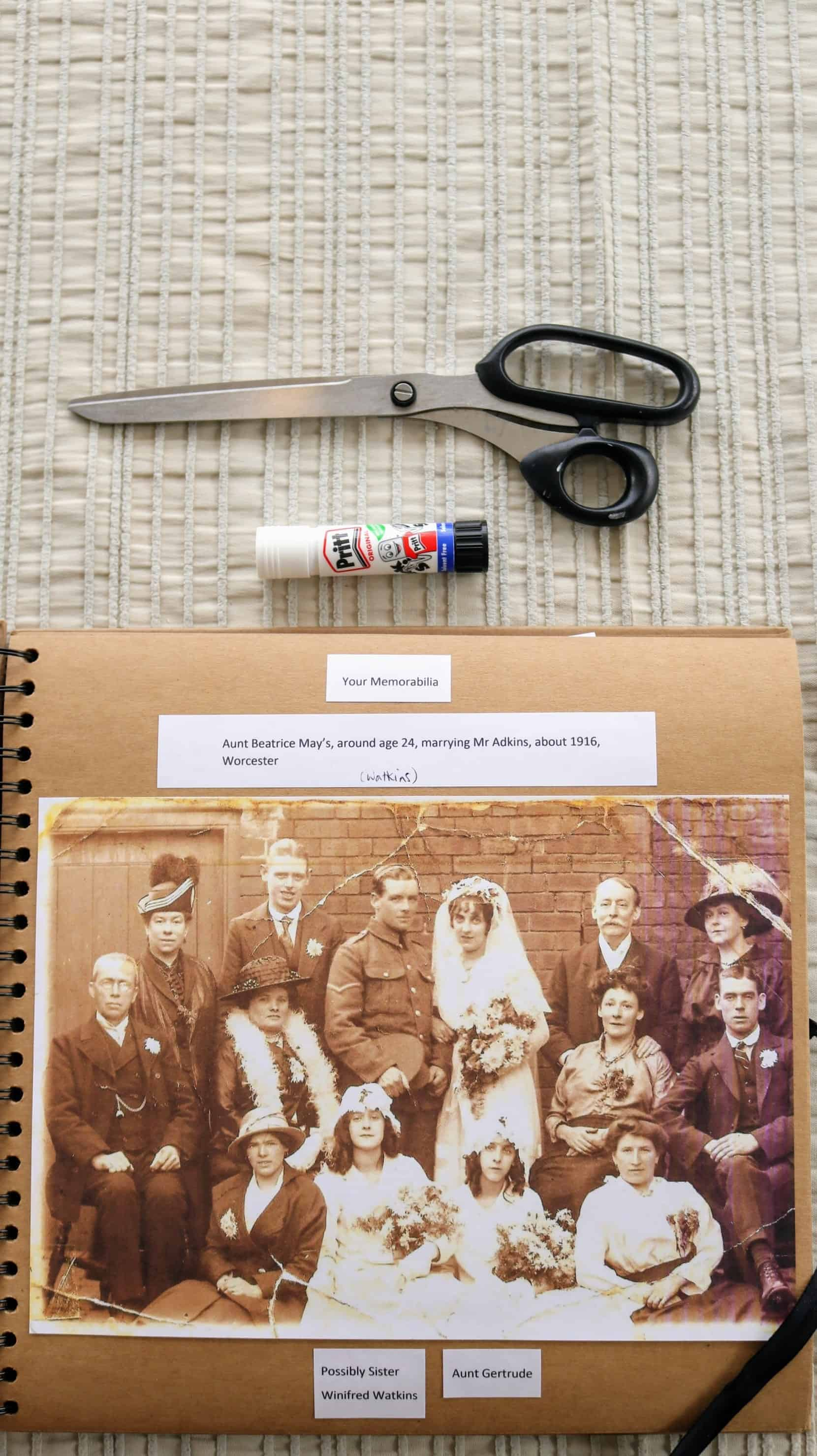 Tips on Scrapbooking Your Family Tree
