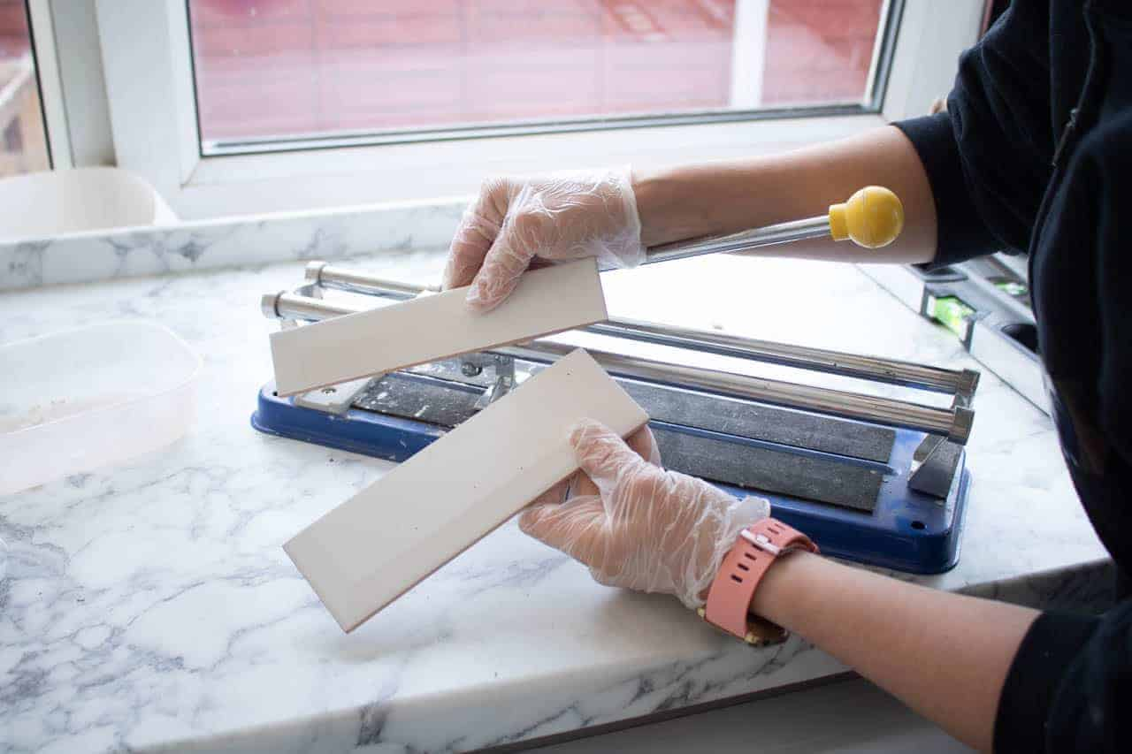 cutting white metro tiles