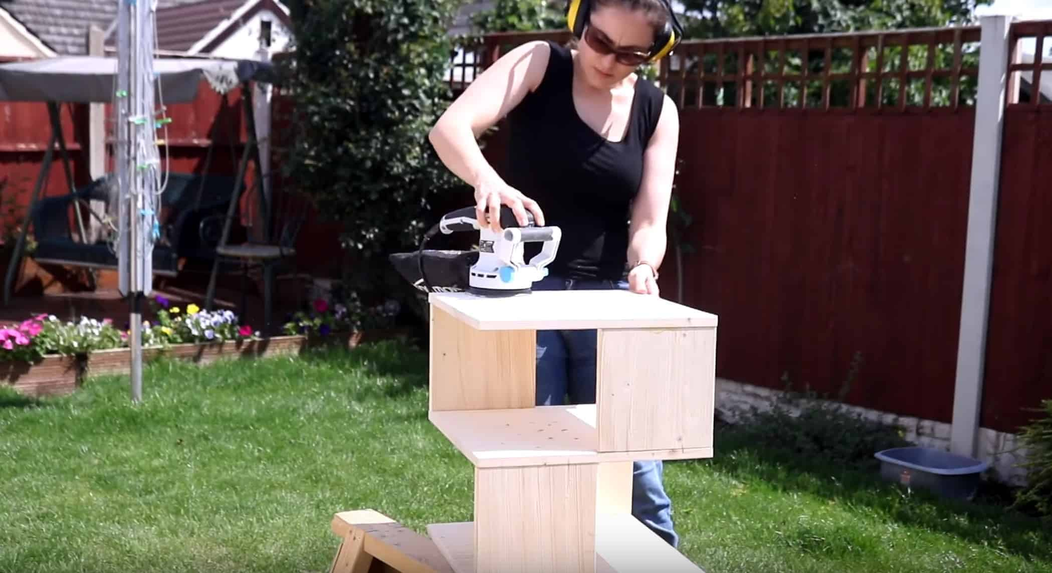 sanding diy side table with orbit sander