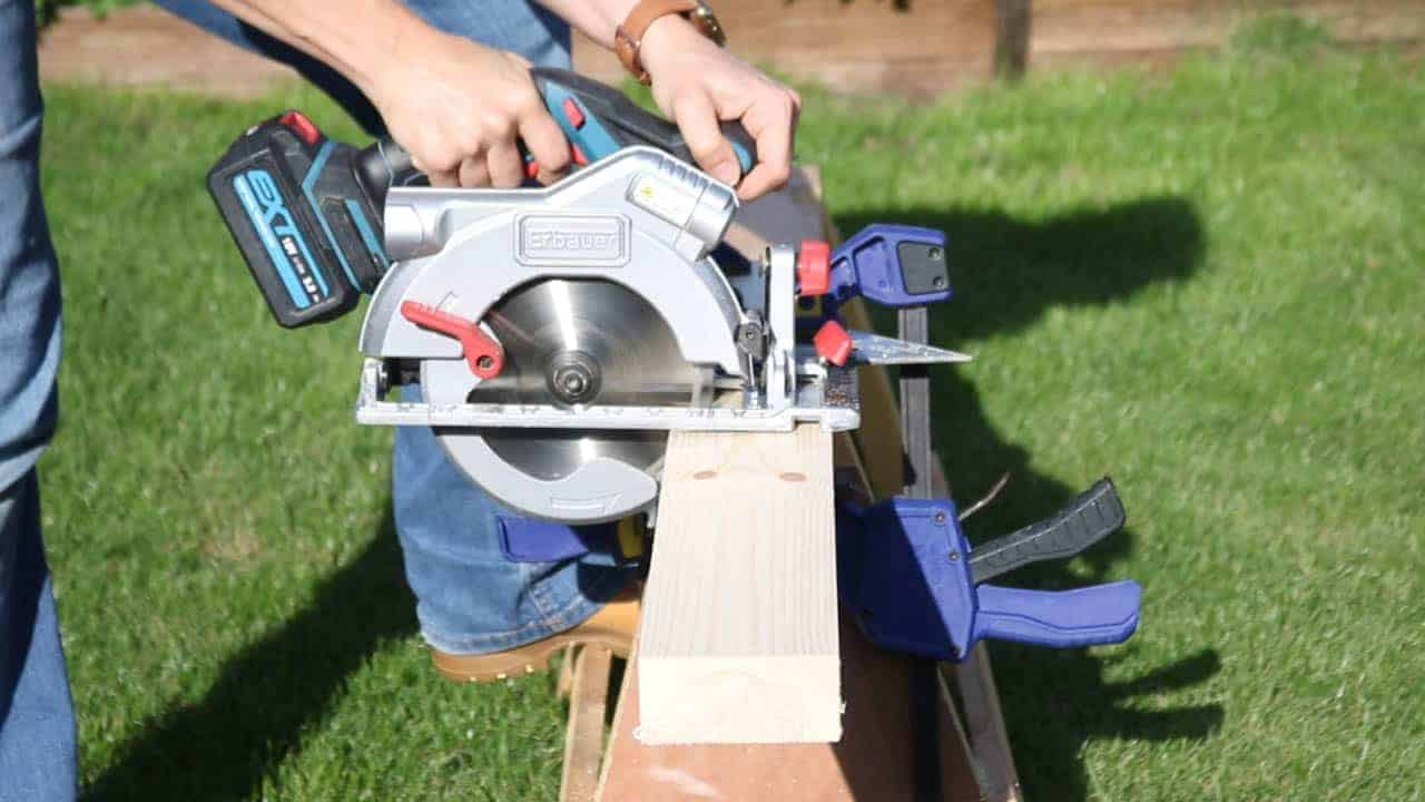 Cutting pine coffee table legs