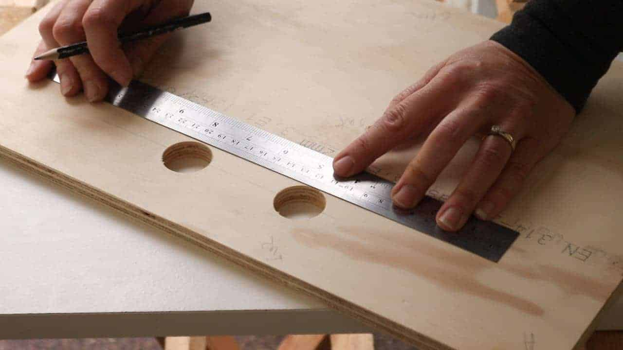 marking out oblong handles before cutting