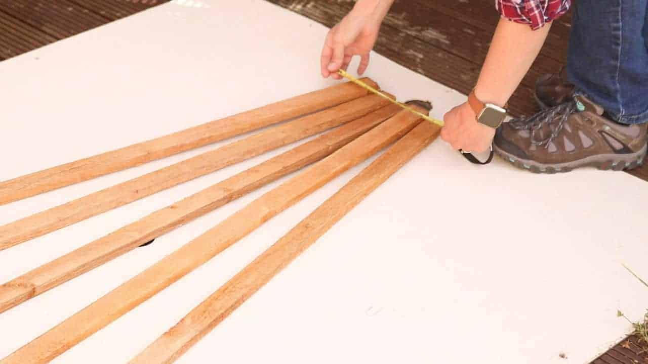 measuring base of trellis of strip