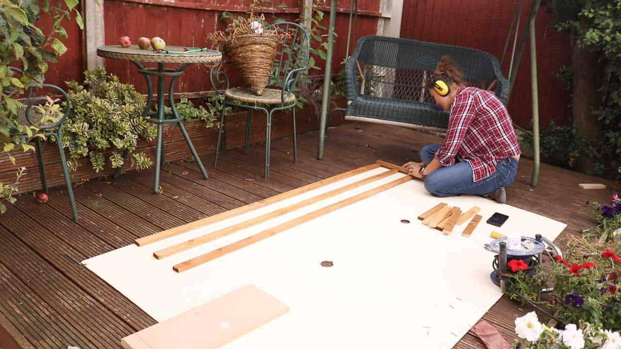 making rectangular wooden trellis